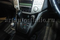 Toyota Harrier стайлинг салона карбоновой плёнкой